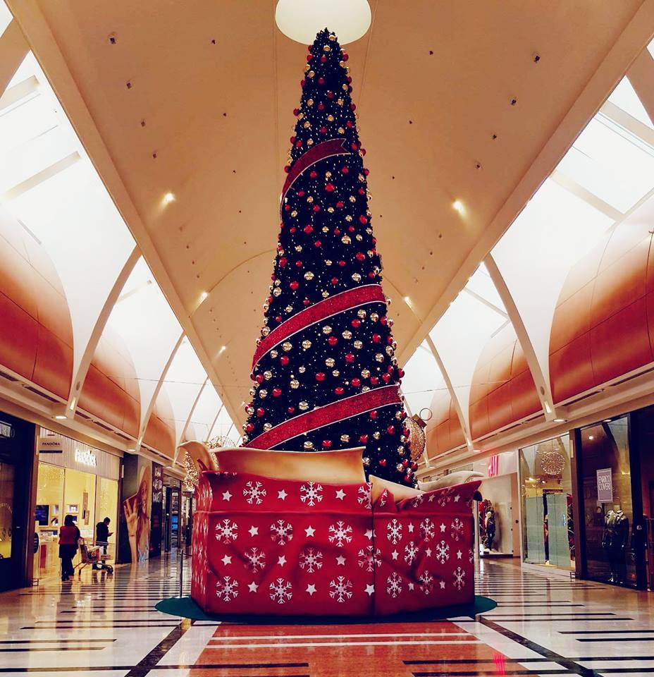 Natale centro commerciale roma est te la trovo io for Centro convenienza arredi roma est