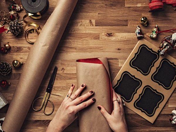 Idee regalo Natale 2018 fai da te: cosa regalare a Natale spendendo poco