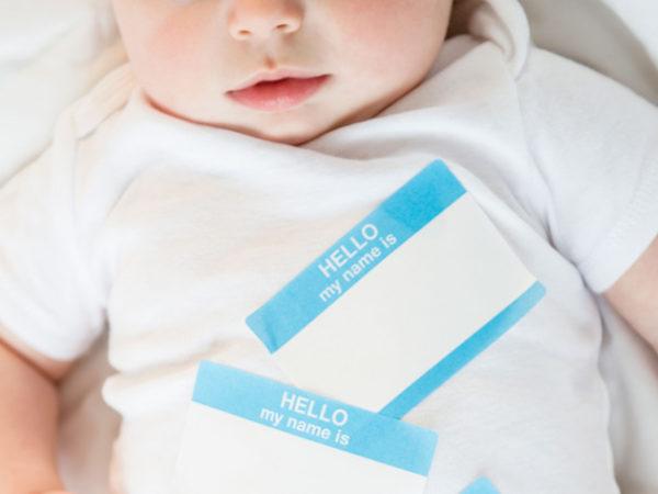 I nomi strani dei figli dei vip: la classifica dei nomi bizzari dei baby vip