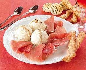 Palline di gelato al parmigiano