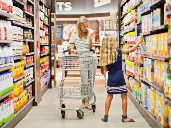Negozi aperti 15 Agosto Napoli: i centri commerciali e i supermercati aperti a Ferragosto 2018