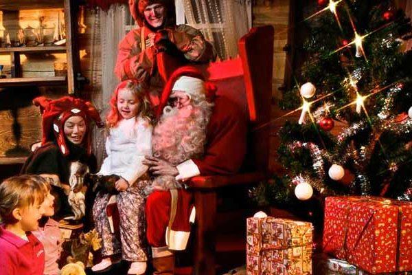 Babbo Natale domicilio Napoli: ecco dove trovare il Babbo Natale per la consegna dei regali a domicilio