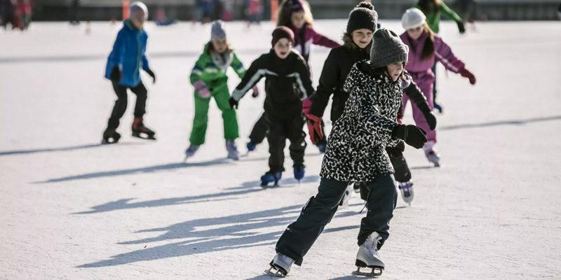 Pista di pattinaggio sul ghiaccio Roma al chiuso e all'aperto