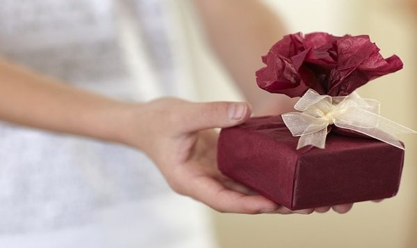 Cosa regalare Prima Comunione bambina: idee e regalo originale
