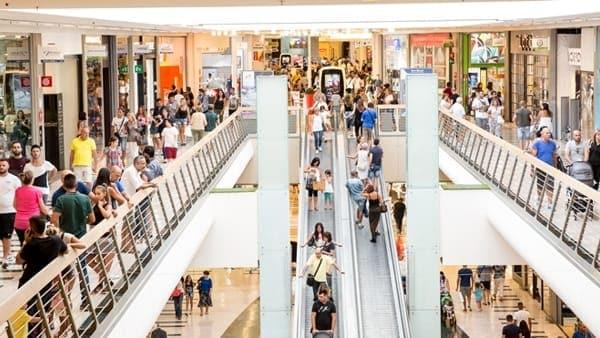 Centro Commerciale Roma est saldi